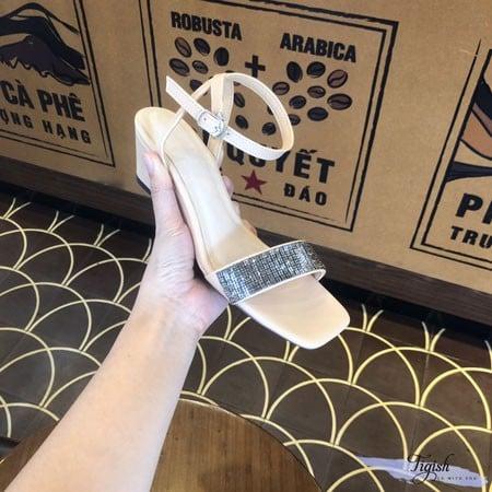 sỉ giày sandal đế xuồng hcm