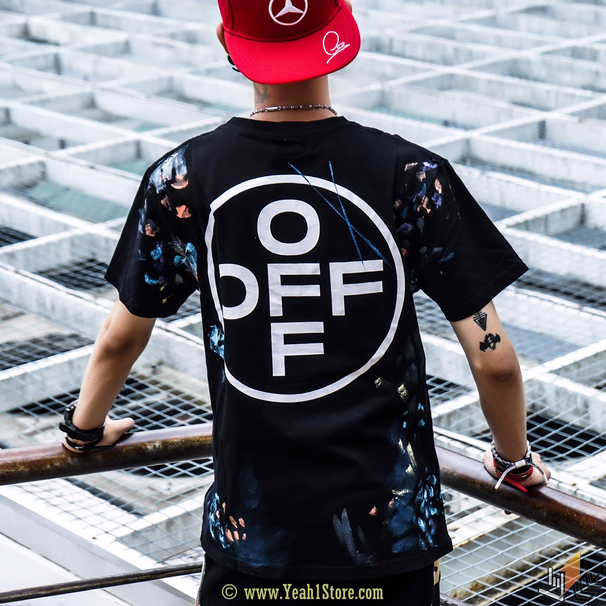OFF WHITE 19SS BLACK LOGO PRINT PAINTING NEW YORK
