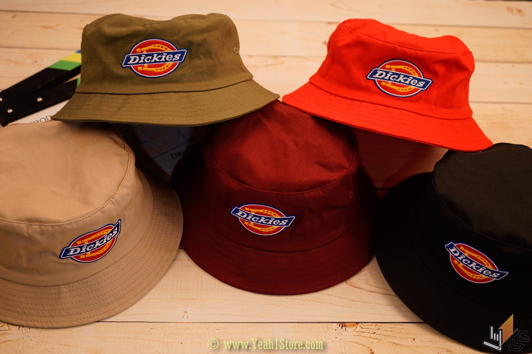 BUCKET DICKIES