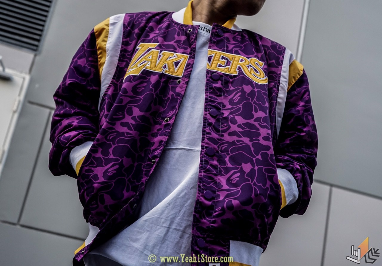 BAPE x MITCHELL x NESS LAKERS WARM UP JACKET PURPLE