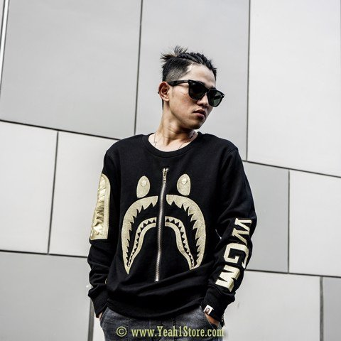 BAPE® Shark Embroidery Side Zip Crewneck Black/Gold