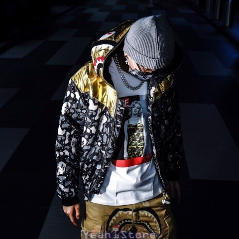 BAPE® SHARK HEAR TIGER CAMO GOLDEN/SILVER STARRY SKY HOODED COAT