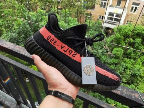 [OG Version] - Yeezy 350v2 - Black Red - BY9612