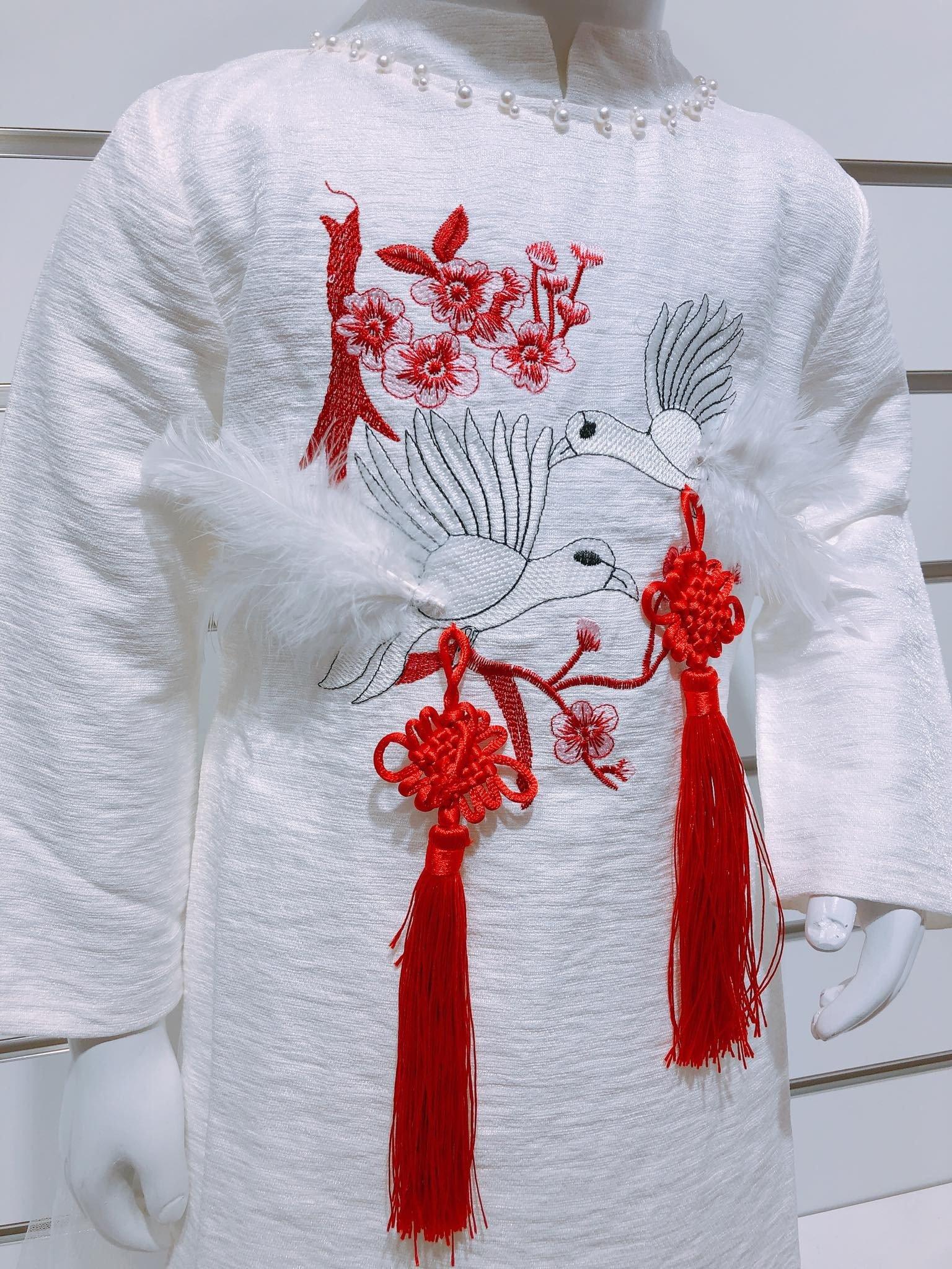 Áo Dài Cách Tân Yan Han [Girl] - Trăng/Đỏ