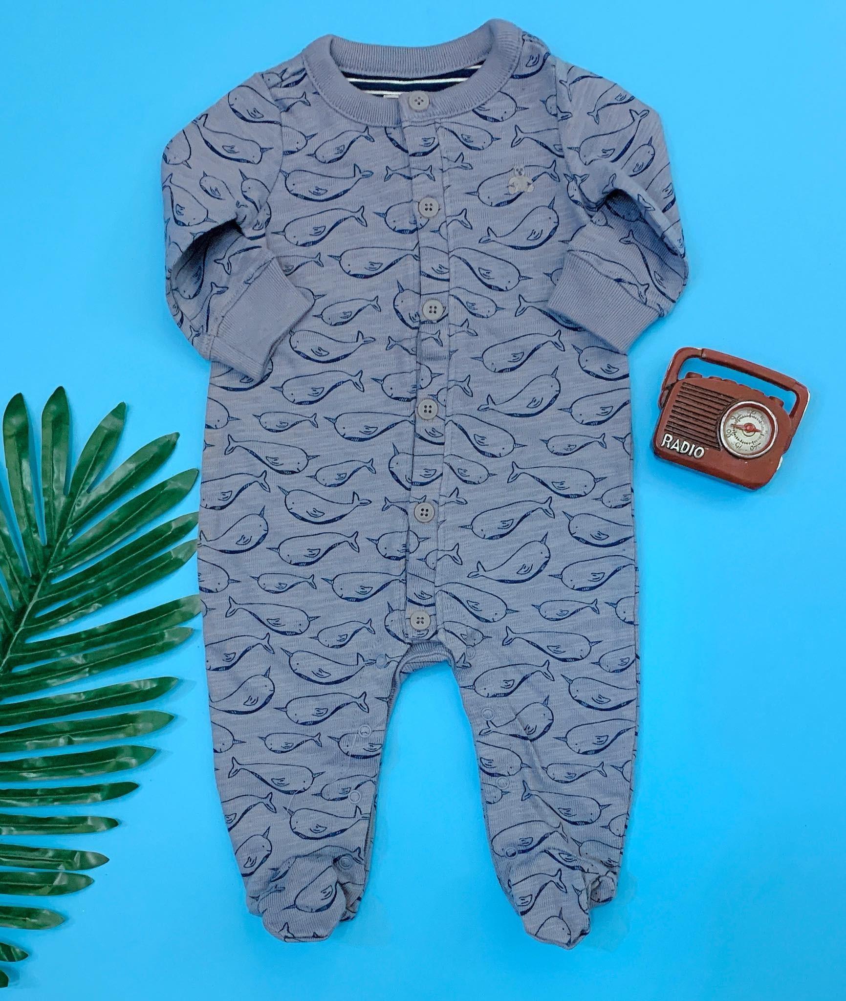 [5-8kg] Sleepsuit Baby Gap 56 [Boy] - Xanh Xám/Cá Voi