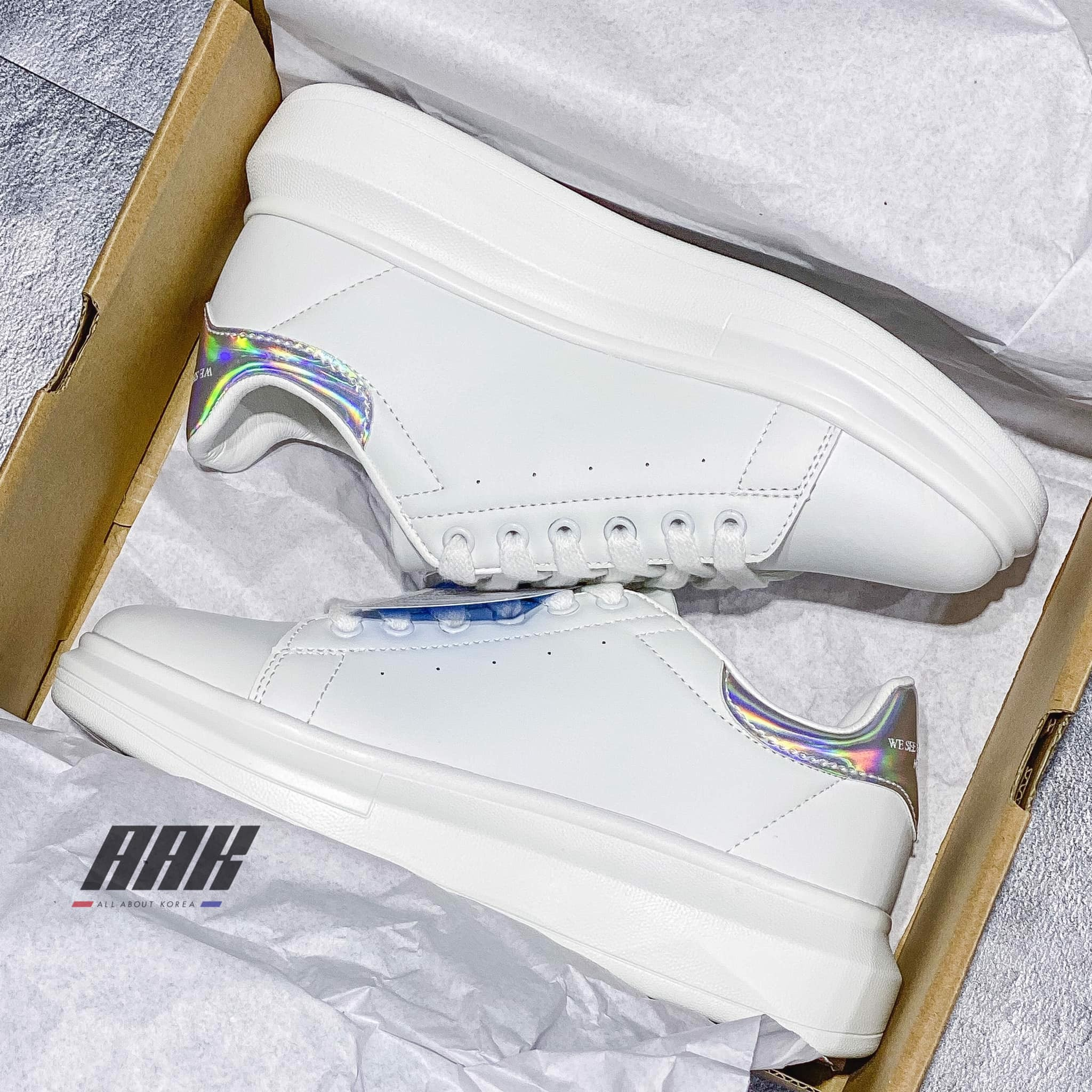 DOMBA HIGH POINT SHOES - HOLOGRAM