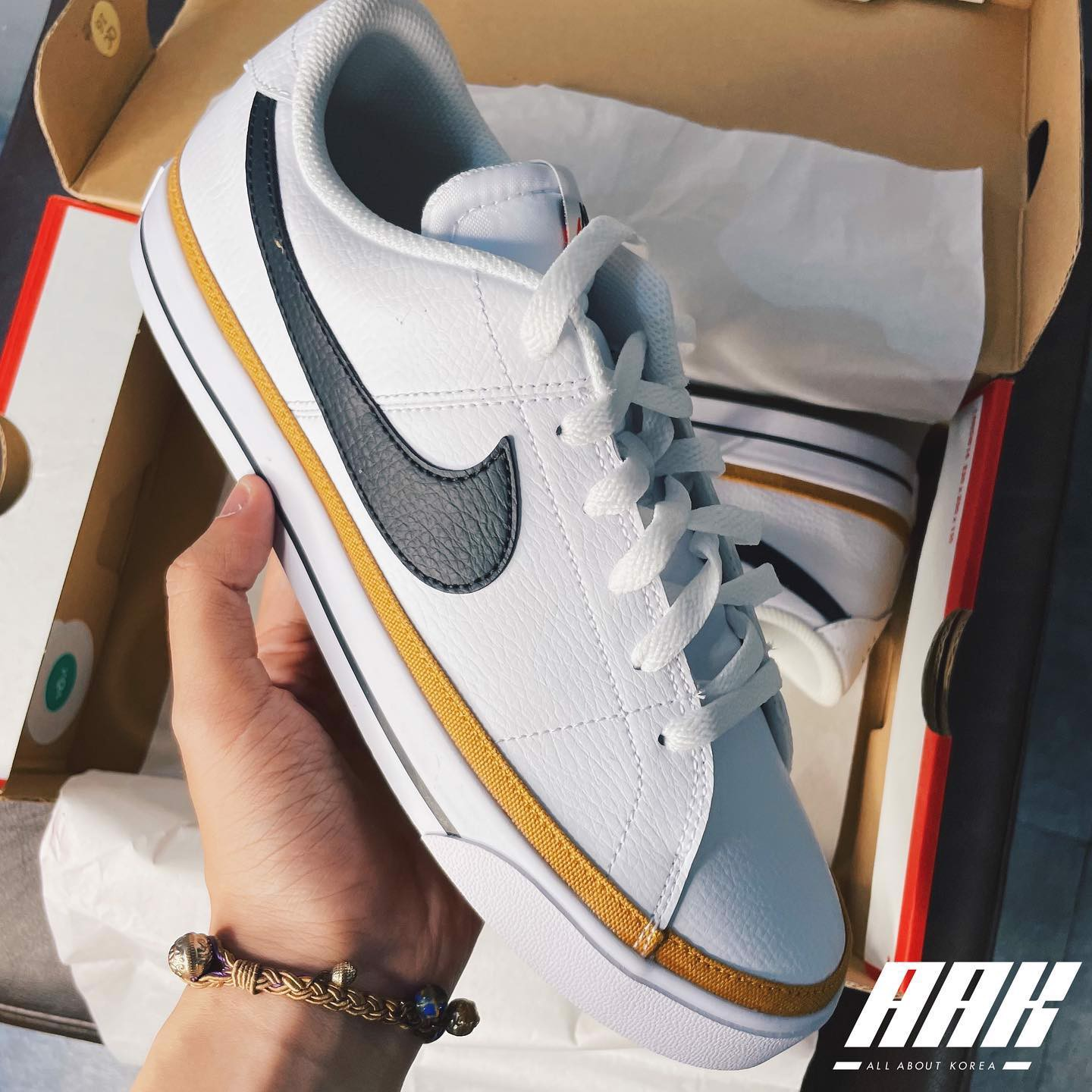 NIKE COURT LEGACY LEATHER
