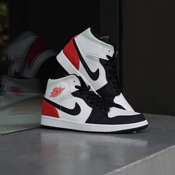 JORDAN 1 MID SE UNION BLACK TOE - RED