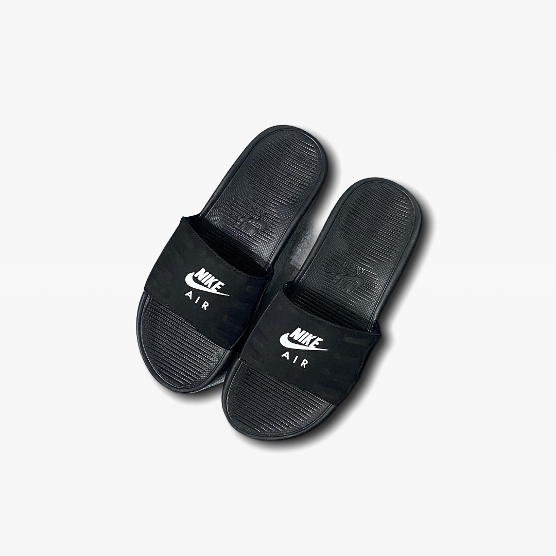 NIKE AIR MAX CAMDEN SLIDES