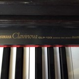 Piano CLP-133