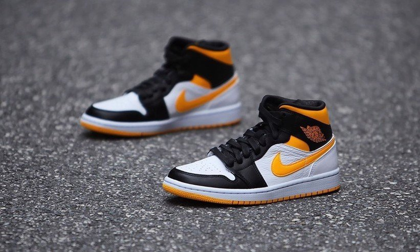 Nike Air Jordan 1 Mid Laser Orange Black CV5276-107