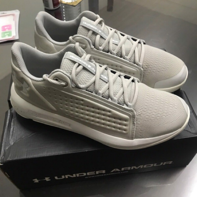 Skroutz Under Armour Torch Low 'Silver' 3020621-100