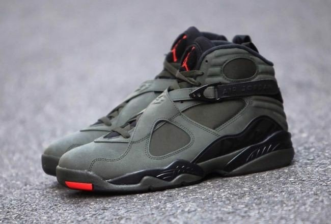 Giày Nike Air Jordan 8 Retro 'Take Flight' 305381-305
