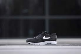 Nike Air Max 1 Ultra Essentials Wmns 'Black' 704993-007