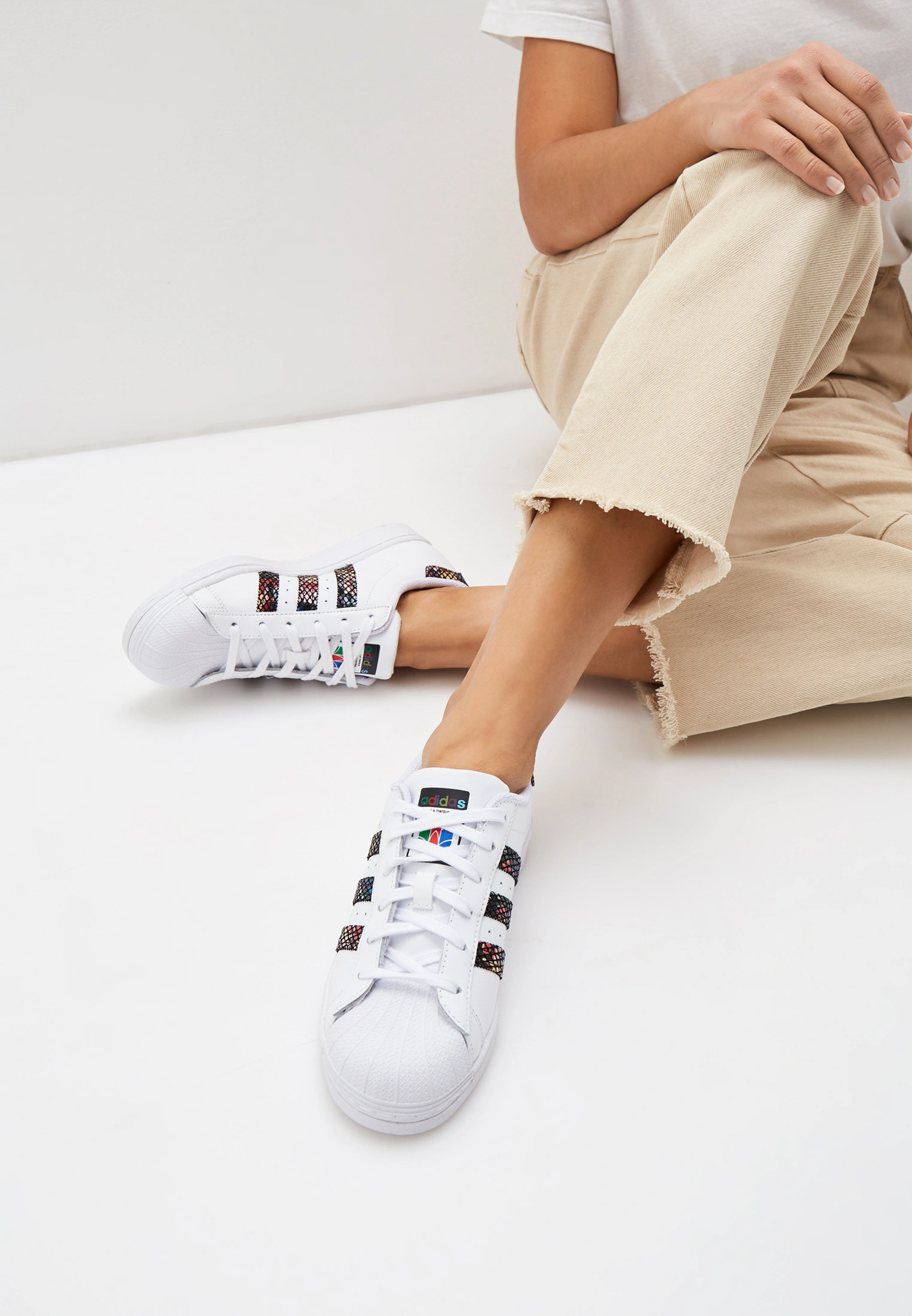Giày Adidas Wmns Superstar 'Floral Twist Stripes' FW3692