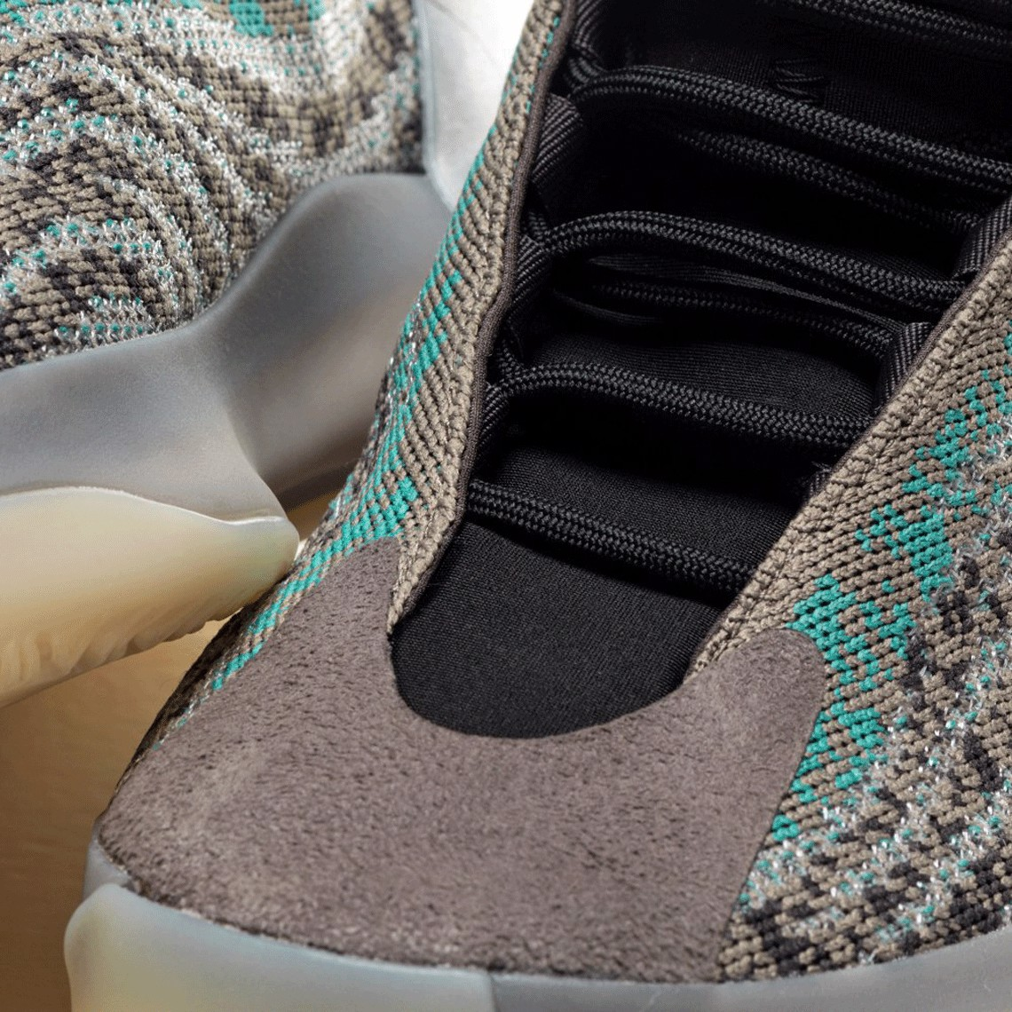Adidas Yeezy Quantum Teal Blue G58864