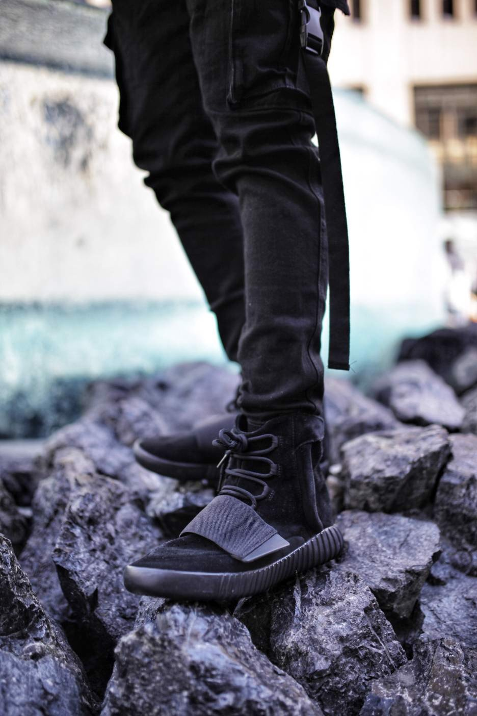 Giày Adidas Yeezy Boost 750 'Triple Black' BB1839