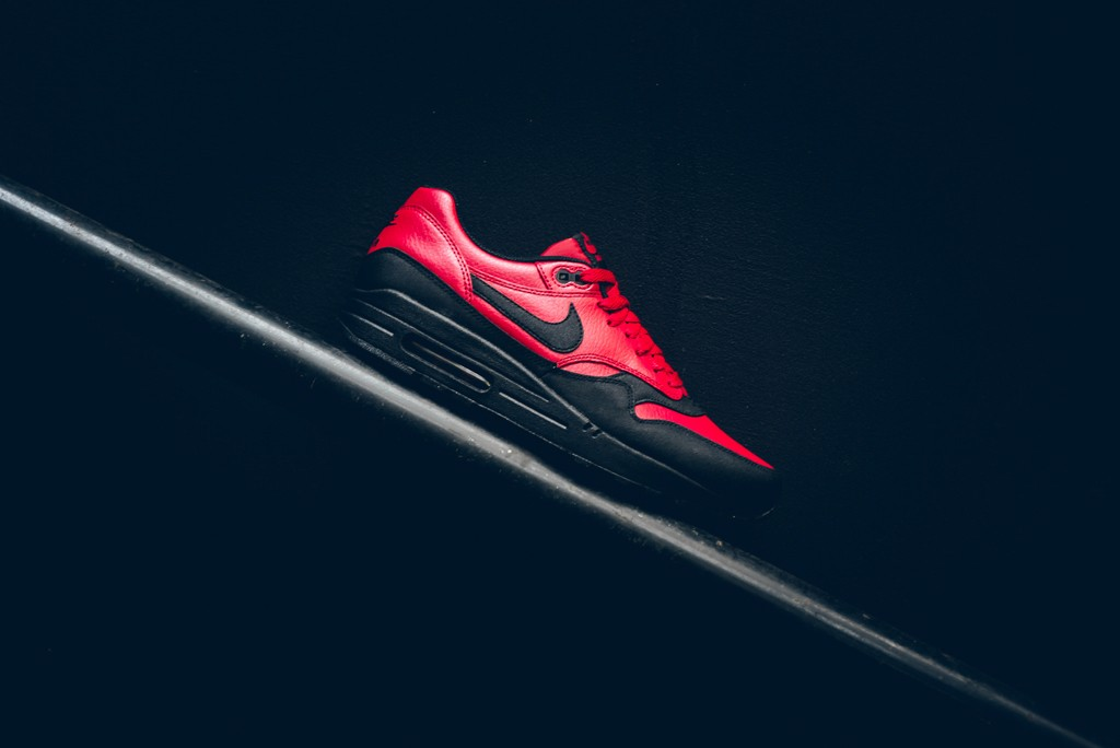 Nike Air Max 1 Leather Premium 'Gym Red Black' 705282-600