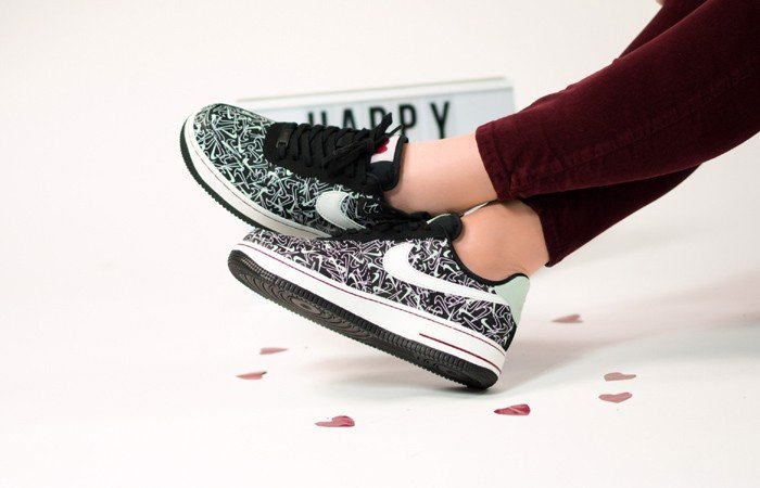 Nike Wmns Air Force 1 '07 Low SE 'Valentine's Day' BV0319-002