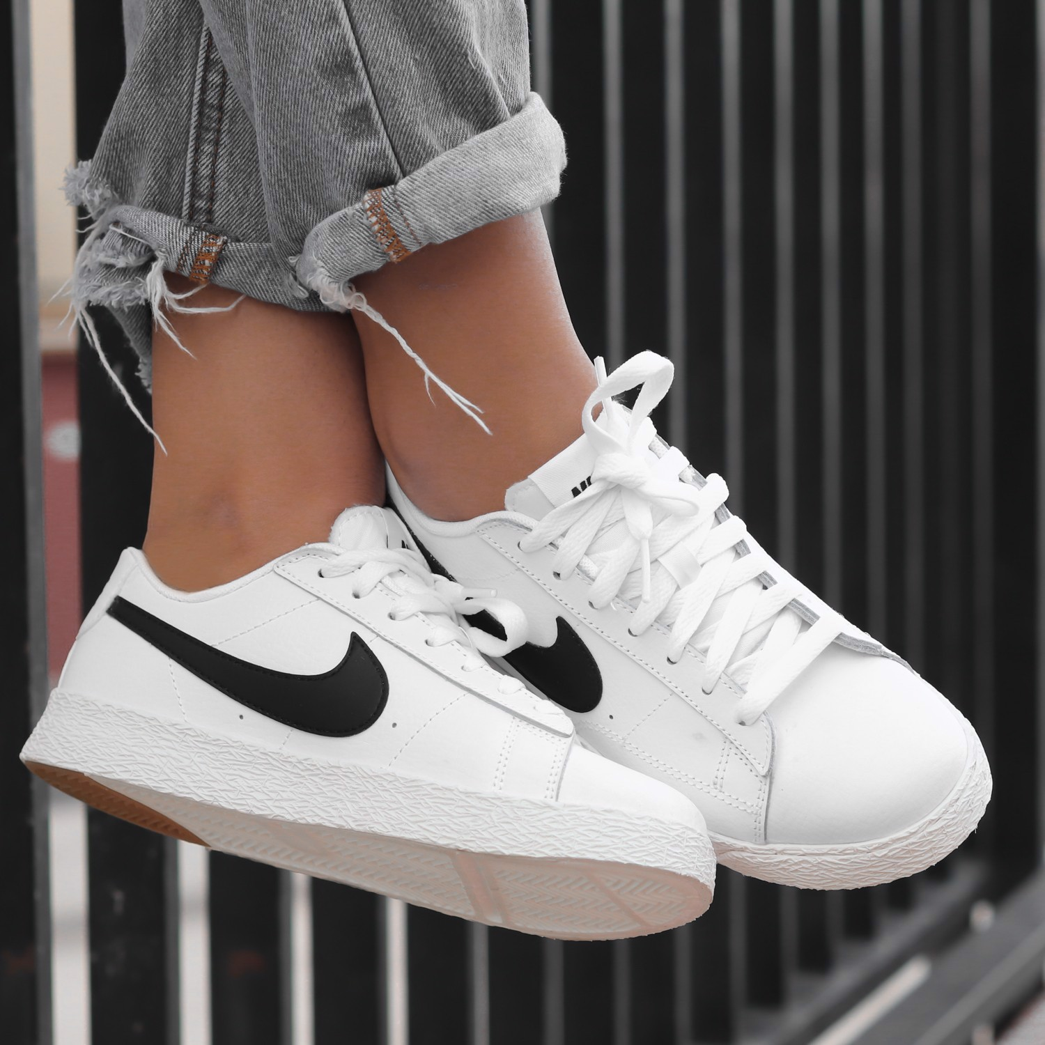 Nike Blazer Low GS 'White Black' CZ7576-103