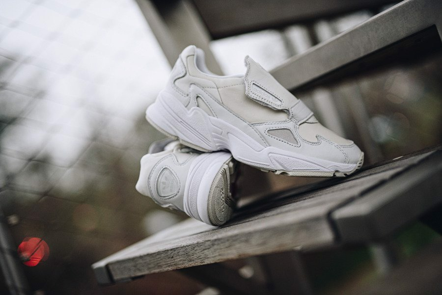 adidas Originals Falcon RX White EE5110