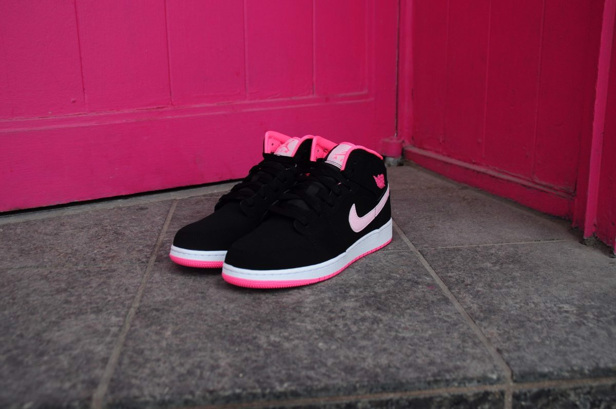 Nike Air Jordan 1 Mid Black Digital Pink (GS) 555112-066