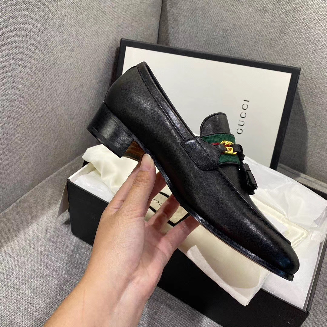 Giày Gucci Loafer With Web And Interlocking G 624316 1W610 1066
