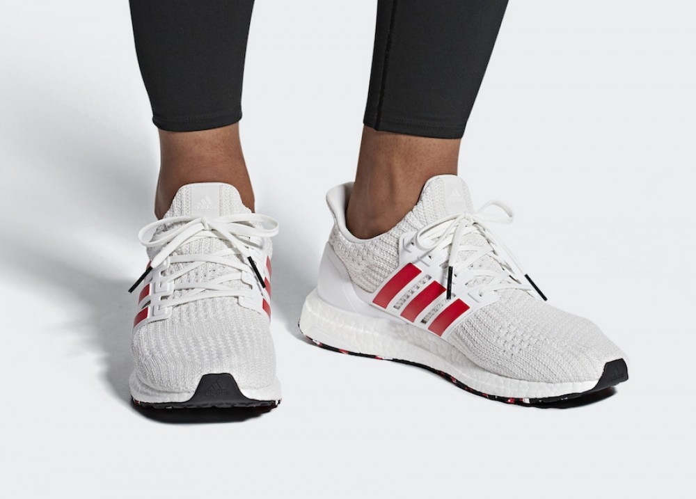 Giày Adidas UltraBoost 4.0 Red Stripes DB3199