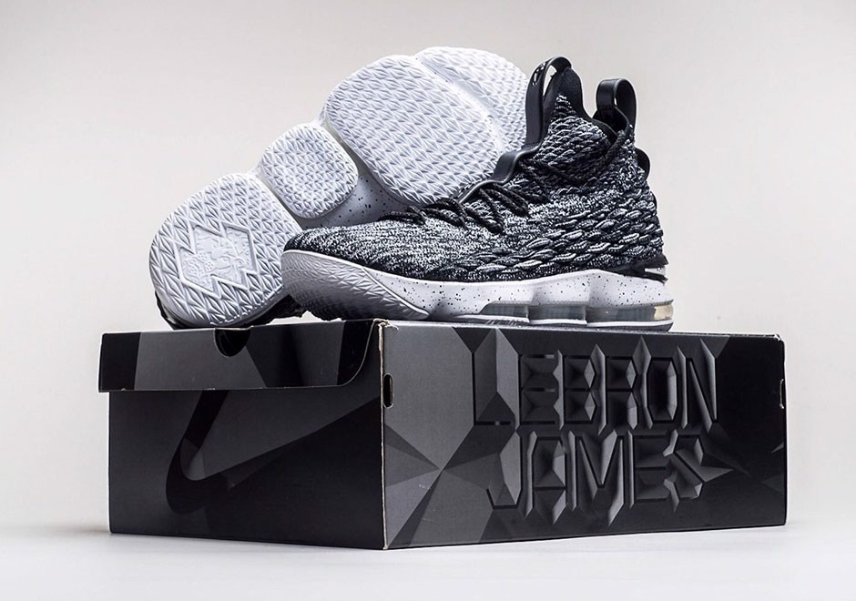 Nike LeBron 15 Ashes 897648-002