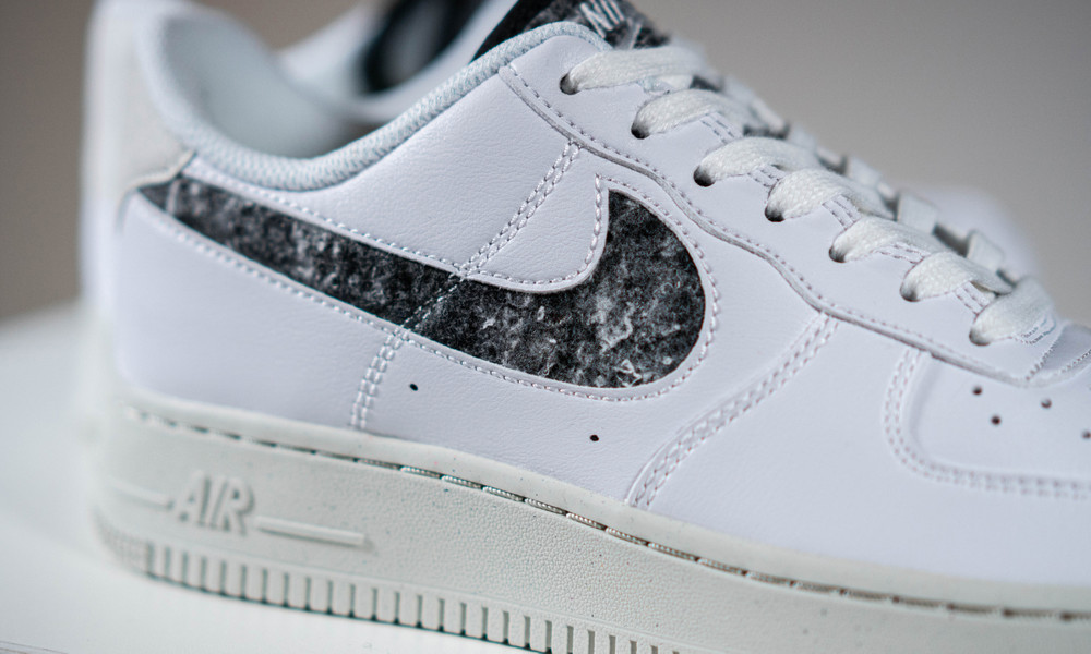 Giày Nike Air Force 1 07 SE Recycled Wool Pack White Black DA6682-100