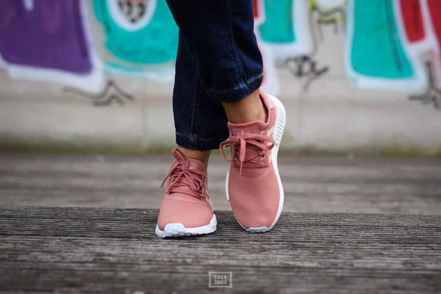 Adidas NMD R1 'Raw Pink' S76006