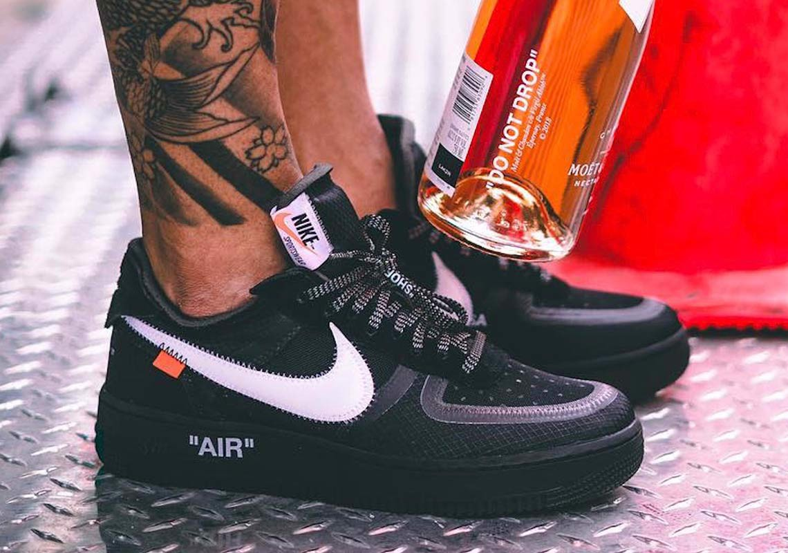 Off-White x Nike Air Force 1 Low 'Black' AO4606-001
