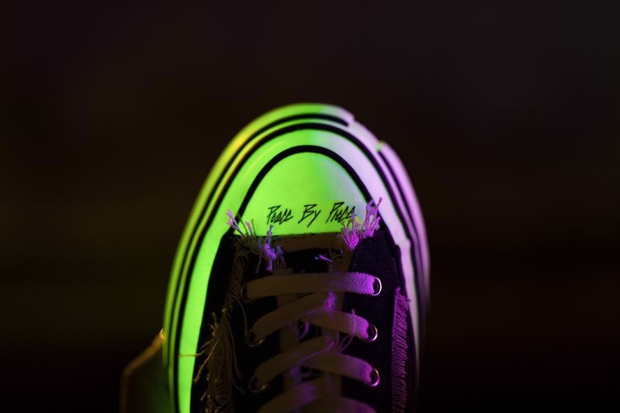 xVessel Slip-on Black Glow In The Dark  S19X003b