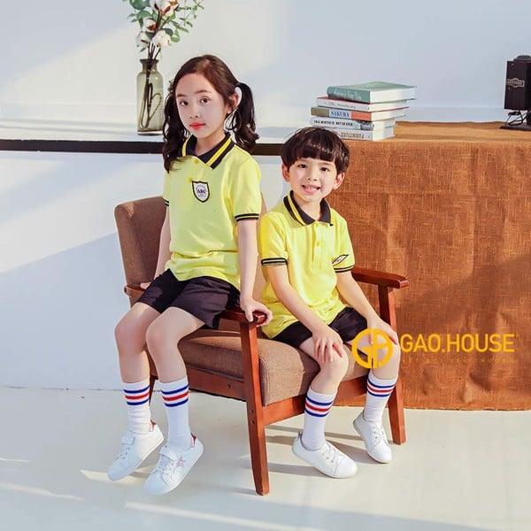 đồng phục mầm non màu vàng chanh