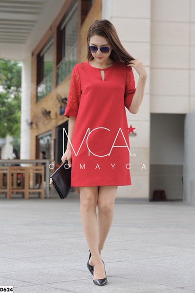 TUNIC DRESS WITH LACE SLEEVES-D624