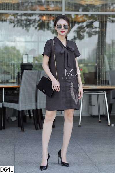 FRONT RIBBON COLLAR TUNIC DRESS-D641