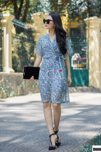 FLORAL-PRINT SILK CREPE WRAP DRESS - D669