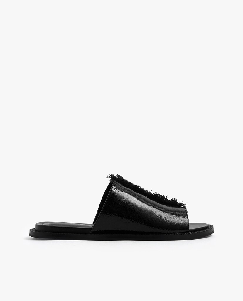 CHARLES & KEITH - Giày sandal nữ phối zip Wrinkled Patent