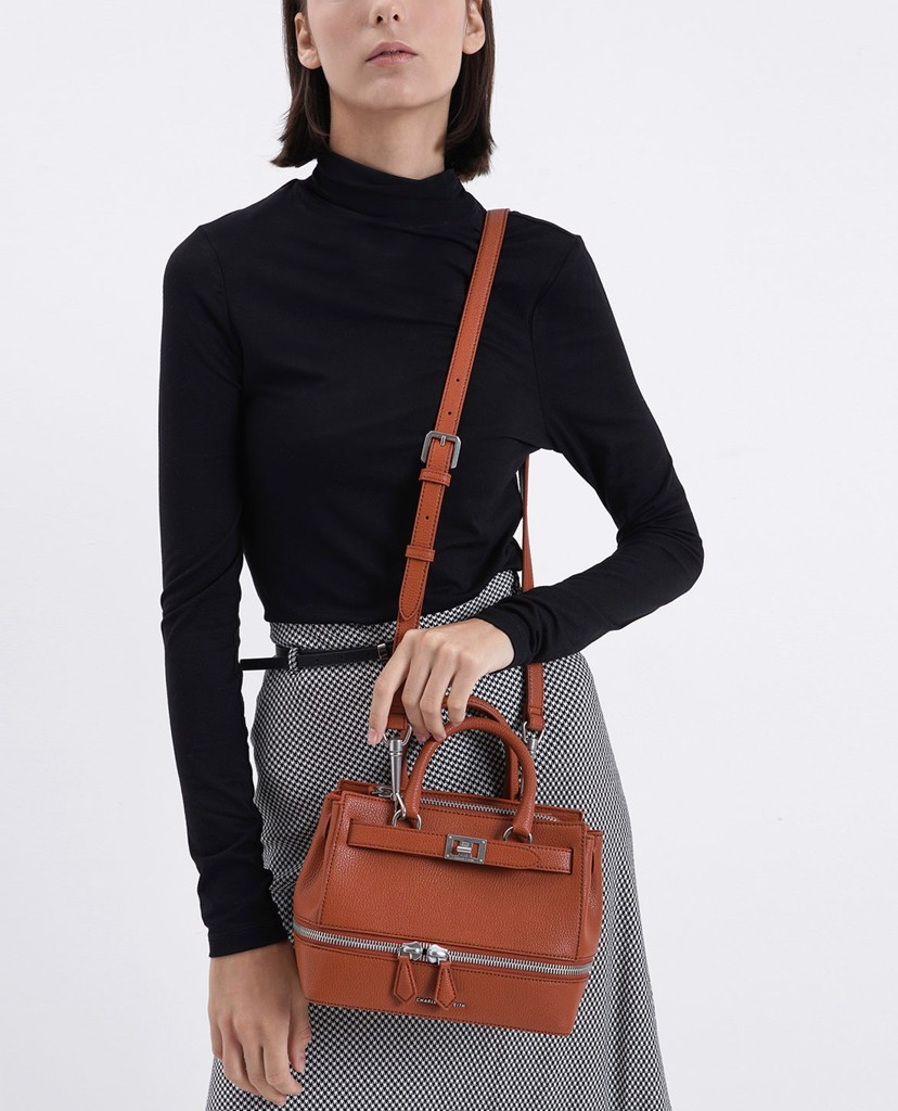 CHARLES & KEITH - Túi đeo vai Two Way Zip Structured