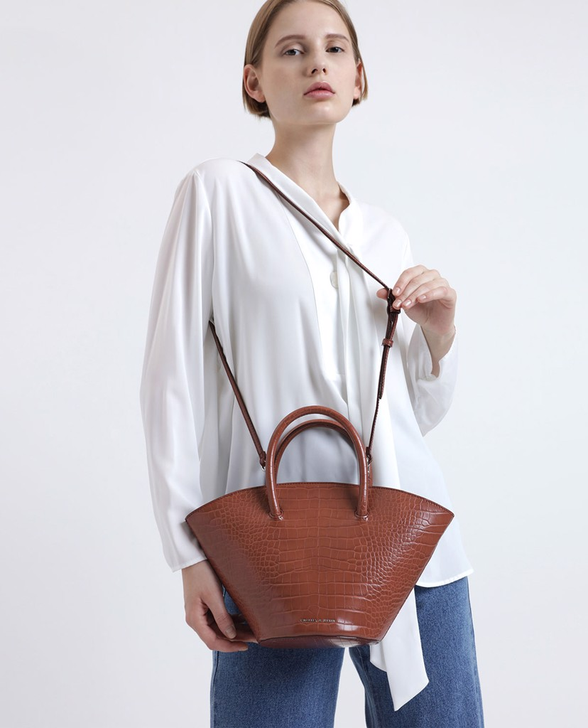 CHARLES & KEITH - Túi xách tay Two tone Trapeze