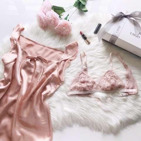 Women's Day Giftset CB01 (Lingeries + Sleepwear) - Hồng