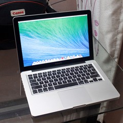 MacBook Pro 13 inch 2011 MC700 I5 / 4G / 320 GB HDD - 98%