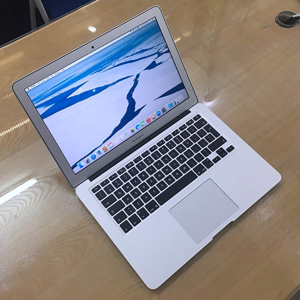 Macbook Air 13 inch 2016 MMGG2 i7 / 8G / 512 SSD - New 98%