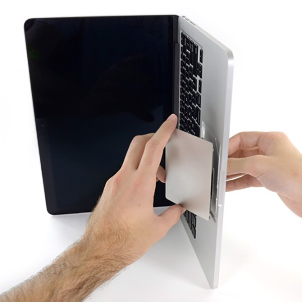 Thay thế Trackpad Macbook Pro Retina 13 inch Late 2012/ 2013/ 2014