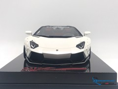 Lamborghini Aventador Liberty Walks Roadster Super S 1:18 (Trắng)