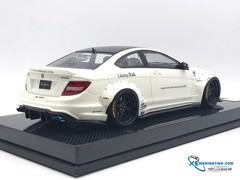 Mercedes-Benz C63 Liberty Walks 1:18 ( Trắng ) - Carbon
