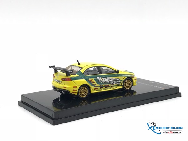Mitsubishi Evo X Touring Car Tuned Ny Jun Tarmac Works 1:64 (Vàng)