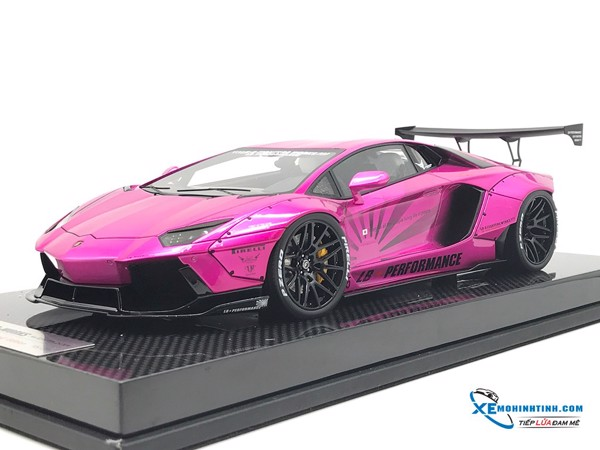 Lamborghini Aventador LP700-4 Liberty Walks 1:18 ( Hồng ) - Carbon