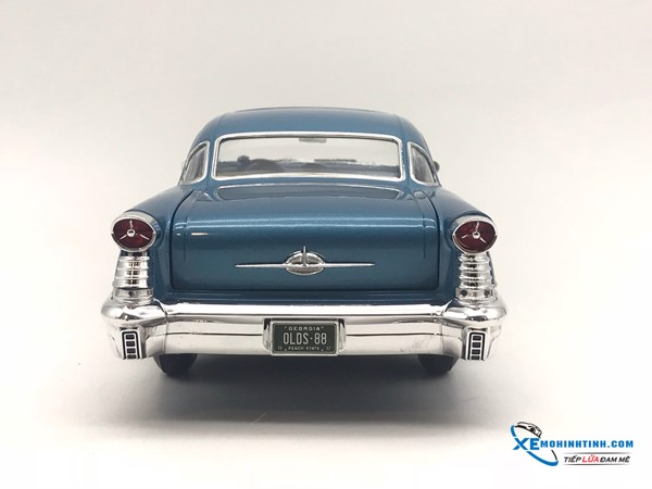 1957 OldsMobile Supper 88 ACME  1:18 (Xanh)