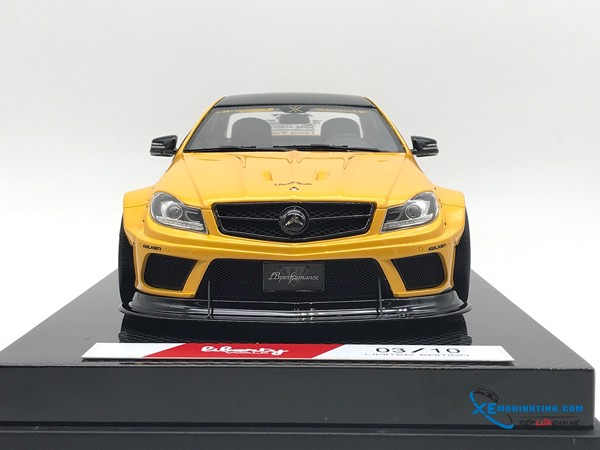 Mercedes-Benz C63 Liberty Walks 1:18 ( Vàng ) - Carbon